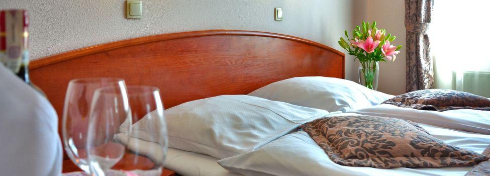unterk nfte stadt rehau. Black Bedroom Furniture Sets. Home Design Ideas